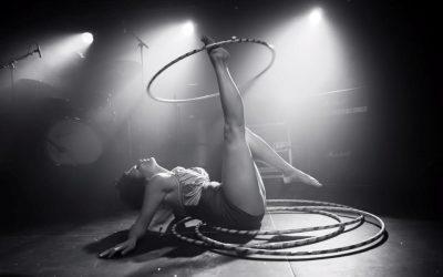 Hula Hoop w/Miss Mia